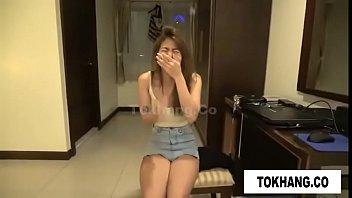 Novinha asiática gostosa fodendo com seu professor no motel
